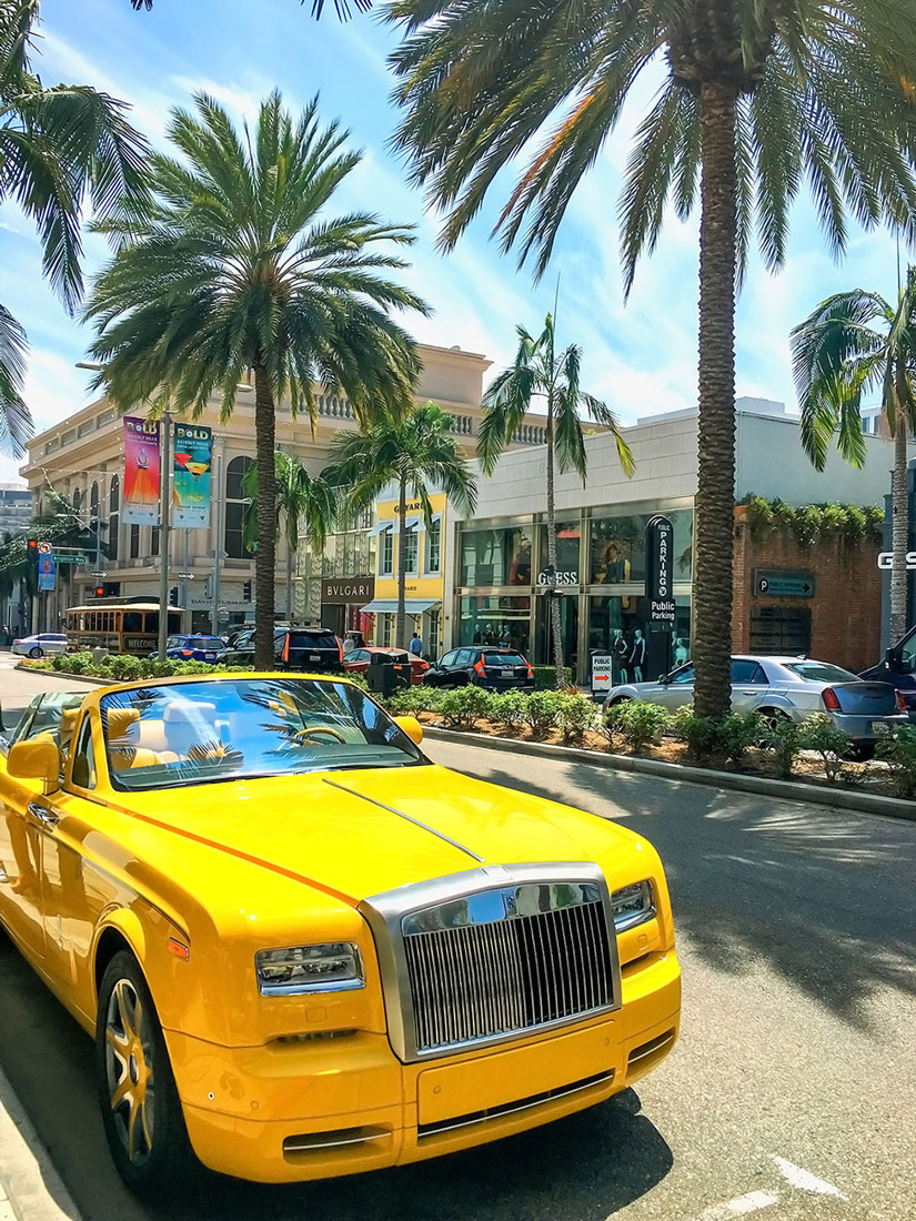 Yellow Rolls Royce in Beverly Hills Rodeo Drive