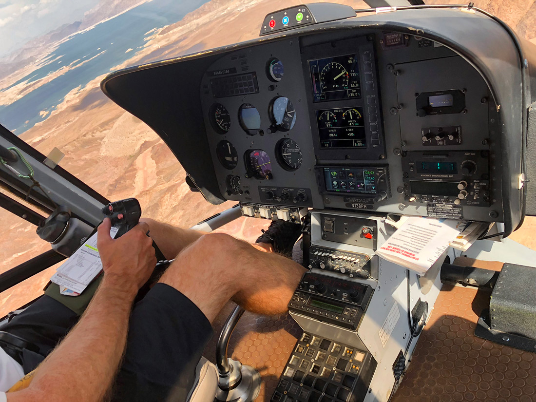 Las Vegas Grand Canyon helicopter cockpit