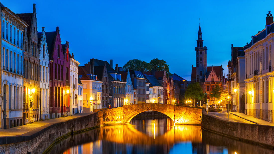 Bruges canals night shot